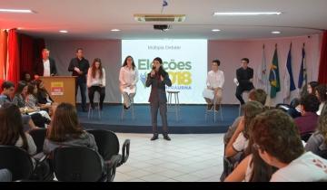 """Alunos dos 9º ANOS ao Médio desenvolveram o projeto """"Eleições 2018"""""""
