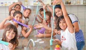 Semana da Criança - Aula de Slime