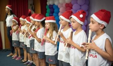 "Alunos do Integral apresentam ""Cantata de Natal"""