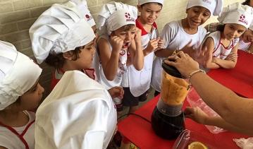 Aula de Culinária com os alunos do 1º CV
