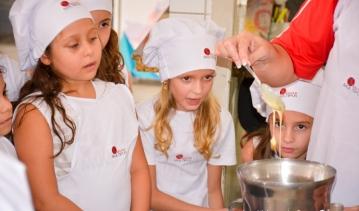 Alunos dos 2ºs ANOS aprendem ciências fazendo culinária